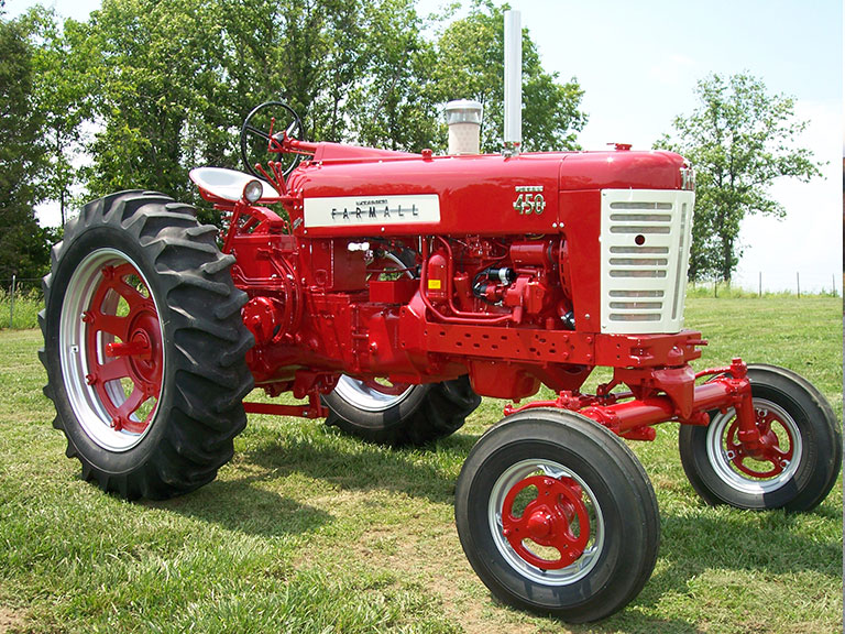 Restored Antique Tractors : Agri crafts antique tractor restoration