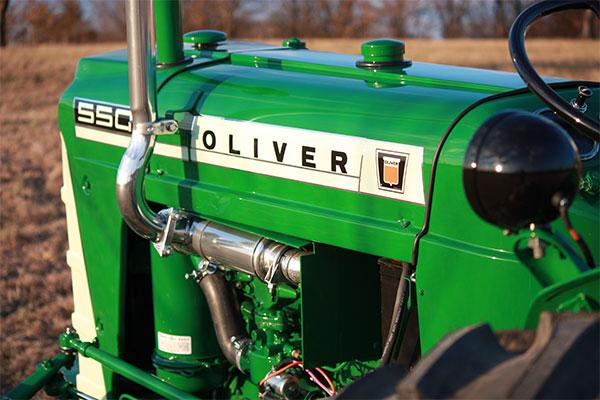 1964 Oliver 550