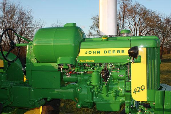 John Deere 420 Highcrop